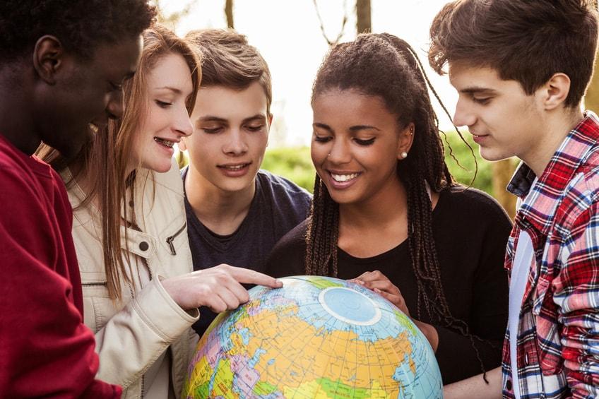Studiare un anno all\'estero: 1.400 borse di studio per studenti ...