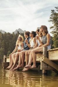 Trattare il tema dell'amicizia senza risultare banali