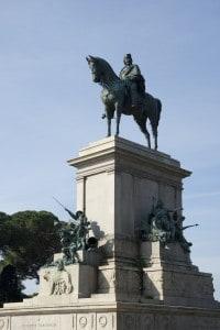 Statua di Giuseppe Garibaldi al Gianicolo, Roma
