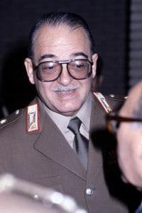 Foto del generale Carlo Alberto Dalla Chiesa, una delle più famose vittime della violenza mafiosa