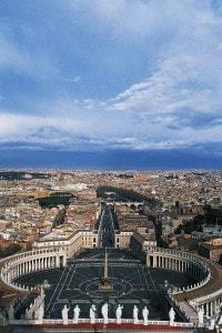 Il colonnato di Piazza San Pietro, realizzato da Gianlorenzo Bernini