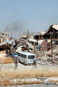 Guerra in Siria: edifici distrutti a nord di Damasco