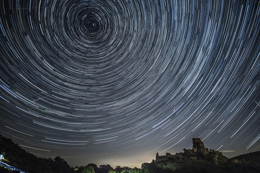 Saltelliti, aerei e comete