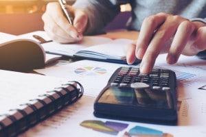 Soluzioni quesiti matematica seconda prova maturità 2017