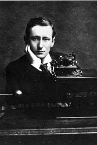 Guglielmo Marconi è riuscito nell'impresa - allora impossibile - di mettere in comunicazione due continenti diversi