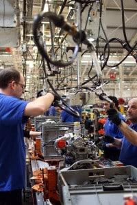 Una catena di montaggio in una fabbrica contemporanea