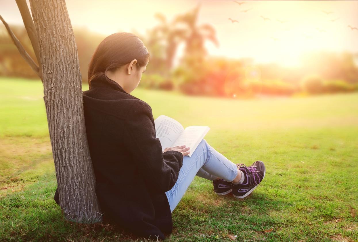 10 libri da leggere a scuola se hai 18 anni for Leggere libri