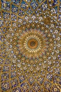 L'arte islamica in Europa è uno degli esempi più evidenti di incontro fra Oriente e Occidente
