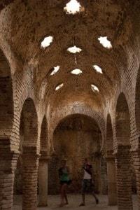 Ronda, una delle città andaluse in stile moresco, luogo di attrazione di turisti da tutto il mondo