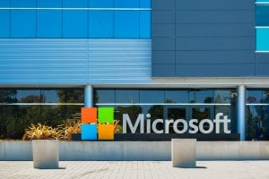 Il Digital Civility Index di Microsoft mette l'italia al 10° posto su 23 rispetto ai rischi online.