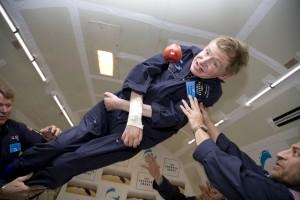 """Stephen Hawking durante il suo volo a """"gravità zero"""""""