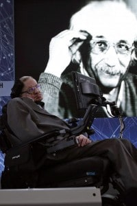 Stephen Hawking nel 2012 all'iniziativa 'Breakthrough Starshot'