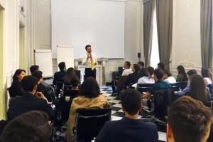 Un corso di public speaking nell'ambito del programma di mentoring Mentors4U
