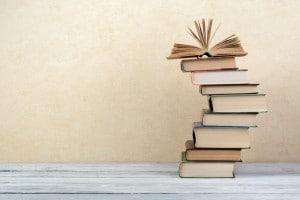 Libri scolastici: per risparmiare c'è chi si affida agli store online