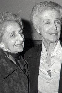 Rita Levi Montalcini con la sorella Paola, foto del 1986