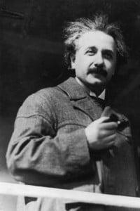 Albert Einstein con la moglie Elsa durante un viaggio in Egitto