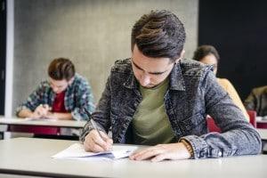 Possibili tracce maturità 2018: le previsioni degli studenti