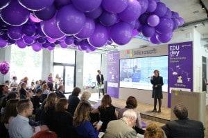 Silvia Candiani, AD di Microsoft, sul palco dell'Edu day 2018