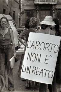 Manifestazione a favore della legge per l'interruzione volontaria di gravidanza, 1978