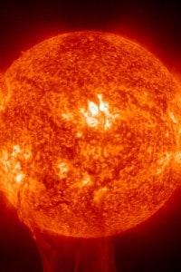 Il sole durante un'eruzione solare