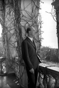 Umberto II di Savoia, fotografato nella sua abitazione, re fino al momento del referundum