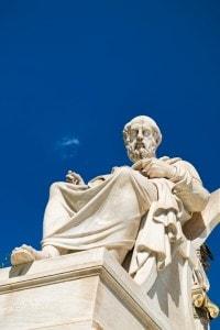 Platone è autore del Protagora, dialogo sull'insegnabilità della virtù