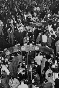 Foto storica dell'interno della borsa di New York, Wall Street