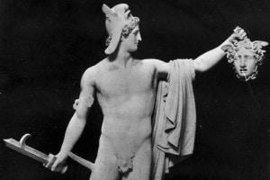 Scultura di Canova: Perseo con la testa di Medusa