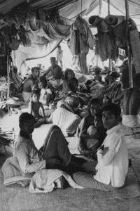 Campo profughi al confine fra India e Pakistan durante la guerra di Liberazione del Bangladesh, 1971