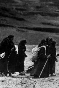 1920: rifugiati ebrei in marcia verso la Palestina