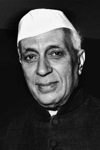 Jawaharlal Nehru, primo ministro indiano dal 1947 al 1964