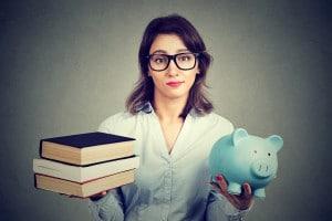 Spese scolastiche in aumento: l'indagine Federconsumatori