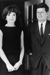 Il presidente Kennedy con sua moglie Jacqueline, la first lady