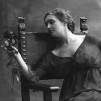 Sibilla Aleramo: vita, opere e il rifiuto del ruolo tradizionale di Una donna