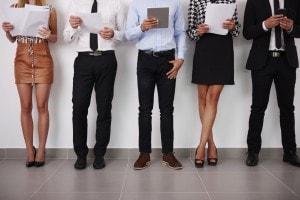 Abbigliamento per colloquio di lavoro: ecco come vestirsi. Tutti gli outfit