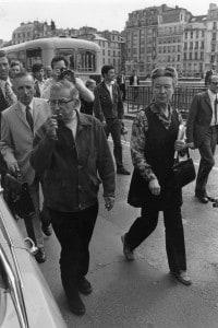Sartre a passeggio per Parigi