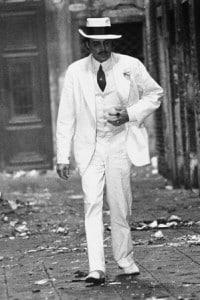 """Dirk Bogarde interpreta Gustav von Aschenbach nella """"Morte a Venezia"""" di Luchino Visconti"""
