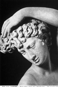 """Particolare del """"Narciso"""" di Benvenuto Cellini, conservato al Museo del Bargello a Firenze"""