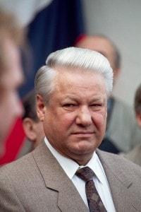 Boris Yeltsin durante la campagna per il Referendum a Izhevsk (Aprile, 1993)