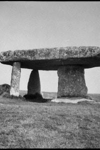 Dolmen neolitico in Cornovaglia: tomba megalitica preistorica