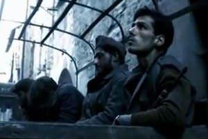 Un'immagine di scena tratta dal film basato sul romanzo di Beppe fenoglio, Il partigiano Johnny