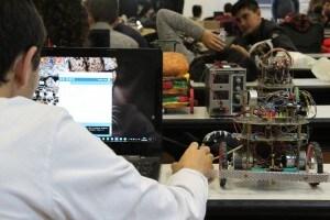 Superconnected robots hackathon robotica