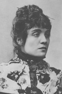 Eleonora Duse (1858 - 1924), attrice italiana, amante del poeta Gabriele d'Annunzio