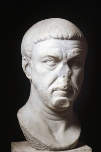 Testa dell'Imperatore Massimiano (250-310)