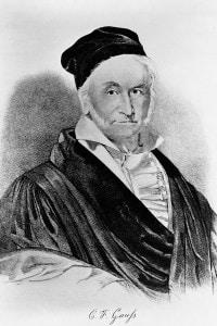 Carl Friedrich Gauss (1777-1855). Fece scoperte significative nei campi della geometria non-euclidea, della trigonometria e della teoria elettromagnetica