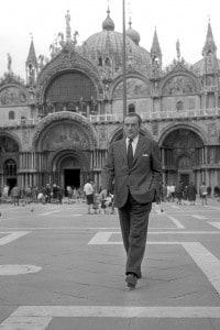 Luchino Visconti. Venezia, 1956. E' considerato uno dei padri del Neorealismo italiano