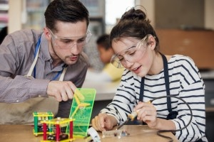 Relazione alternanza scuola lavoro: lo schema da seguire