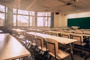 Debiti scolastici: cosa sono, come funzionano e cosa succede se non recuperi un debito