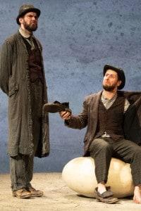 """Aaron Monaghan e Marty Rea in """"Aspettando Godot"""" al Lyceum Theatre, 3 agosto 2018 a Edimburgo, Scozia"""