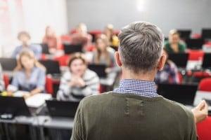 Prima prova maturità, i consigli del prof per svolgere il tema d'attualità